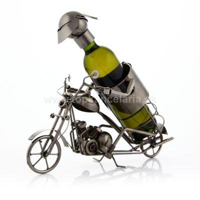 97058 Kovový stojan na víno, motív motorkár